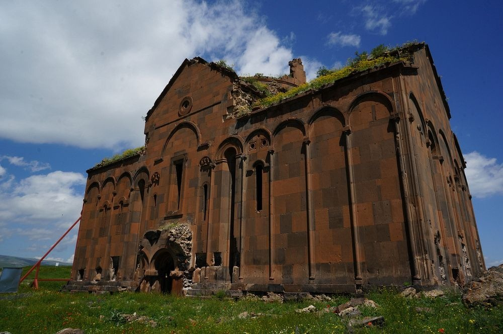 ani-ruined-churches-16