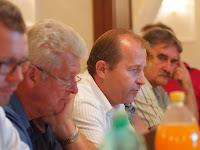 Farkas Iván a régi-új gazdaságpolitikai és régiófejlesztési alelnöke (Muzsla, Érsekújvári járás) mondja el elképzeléseit (Fotó-KT).JPG
