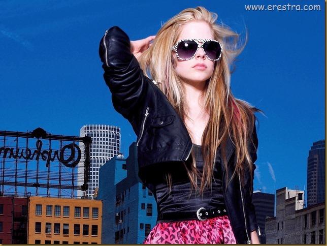 Avril Lavigne (18)