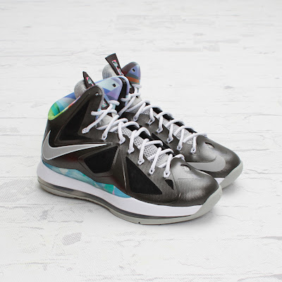 nike lebron 10 gr prism 4 01 On to the next one... Nike LeBron X Prism   New Photos
