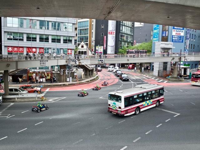渋谷駅南口の交差点。