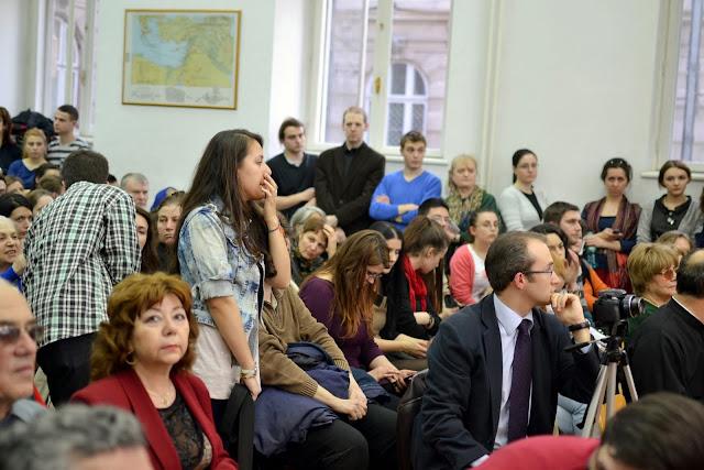 Conferinta Despre martiri cu Dan Puric, FTOUB 014