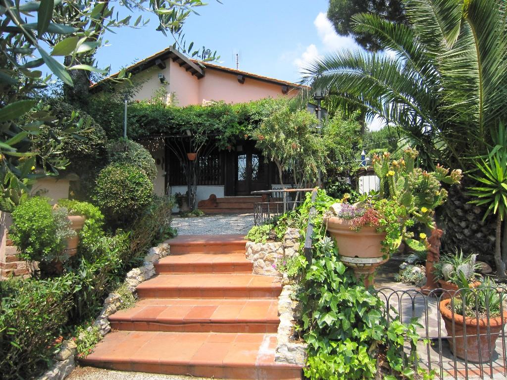 Bagno italia castiglioncello vendita villa a castiglioncello