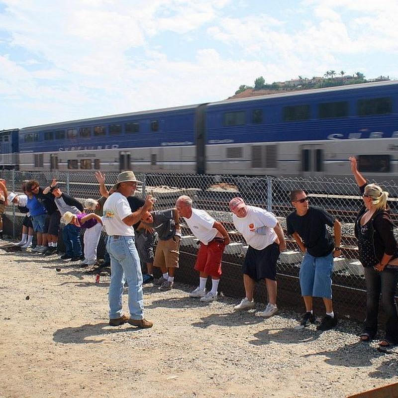 Mooning of The Amtrak