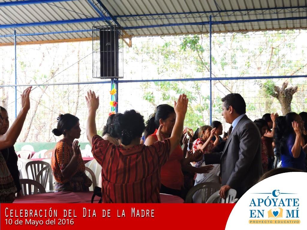 Celebracion-del-Dia-de-La-Madre-2106-18