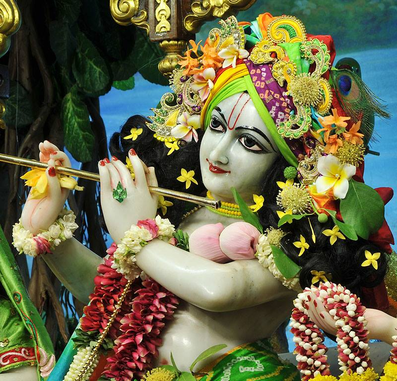 ISKCON Chowpatty Deity Darshan 11 May 2016 (18)
