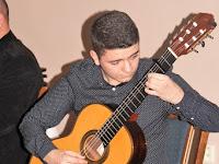 04 Klukon Krisztián gitárjátékával kápraztatta el a közönséget.jpg