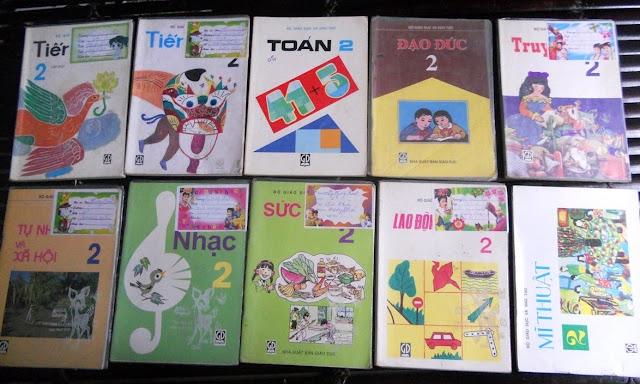 Sách giáo khoa tiểu học cũ - nơi lưu giữ từng trang ký ức DSCN2719