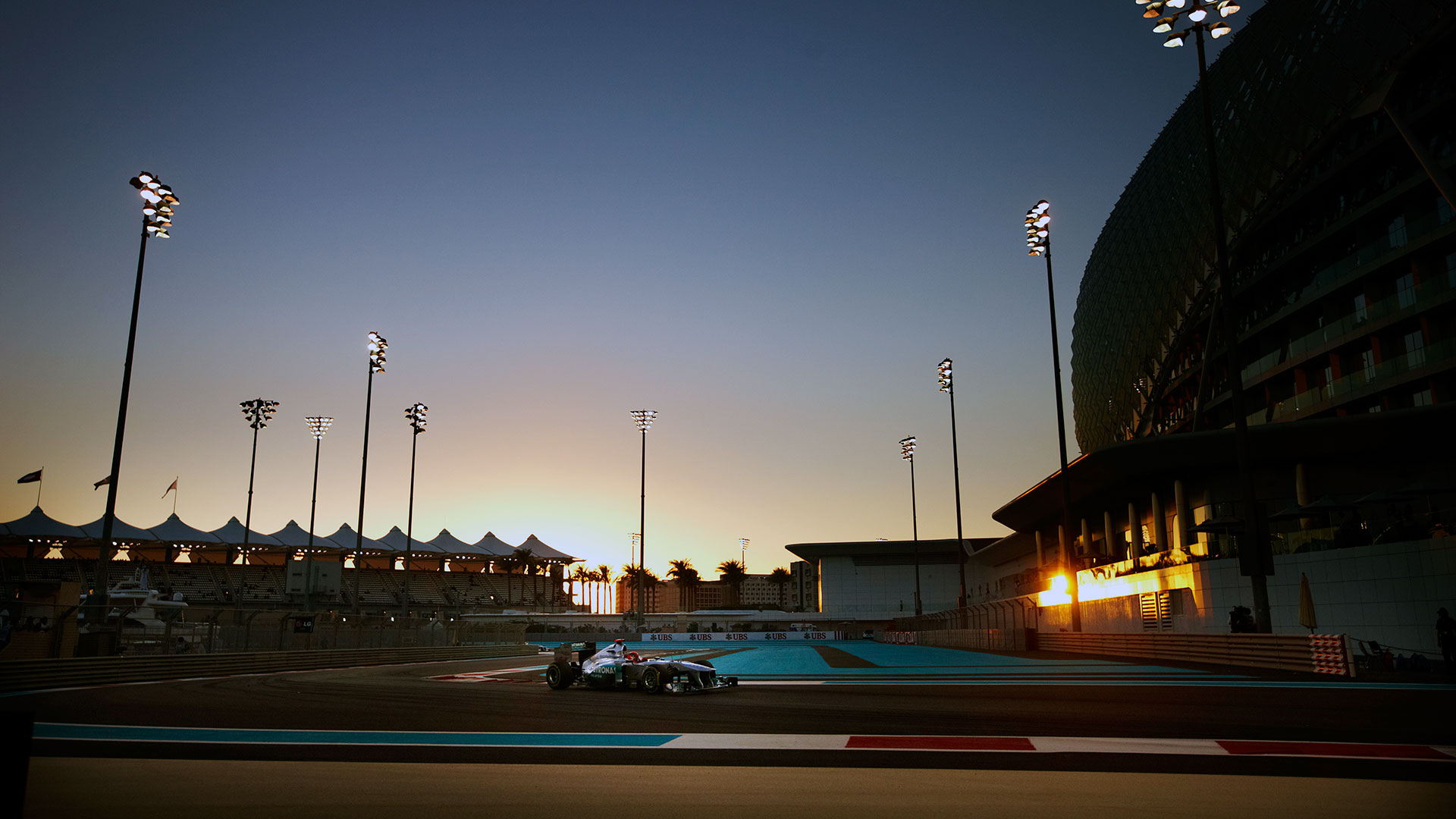 Hd wallpapers 2011 formula 1 grand prix of abu dhabi f1 for Home wallpaper uae