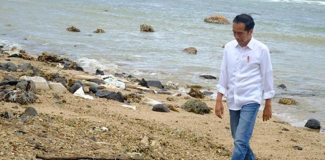 Jokowi Dibiarin Sendiri, Menteri Ngilang Hingga Sibuk Cari Sumbangan