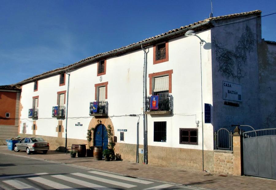 Albergue de peregrinos Casa Baztán, Uterga, Navarra :: Albergues del Camino de Santiago