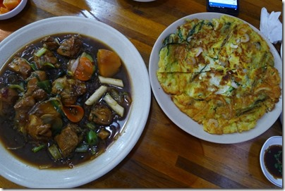 Korean food - seafood pancake & fried chicken in soy sauce