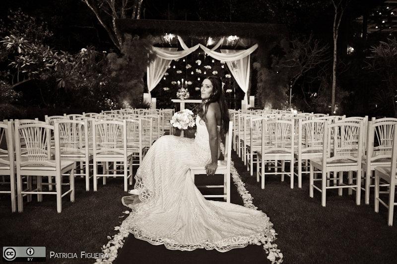 Foto de casamento 0560pb de Beatriz e Leonardo. Marcações: 23/04/2011, Casamento Beatriz e Leonardo, Fotos de Vestido, La Novia, Rio de Janeiro, Vestido, Vestido de Noiva.