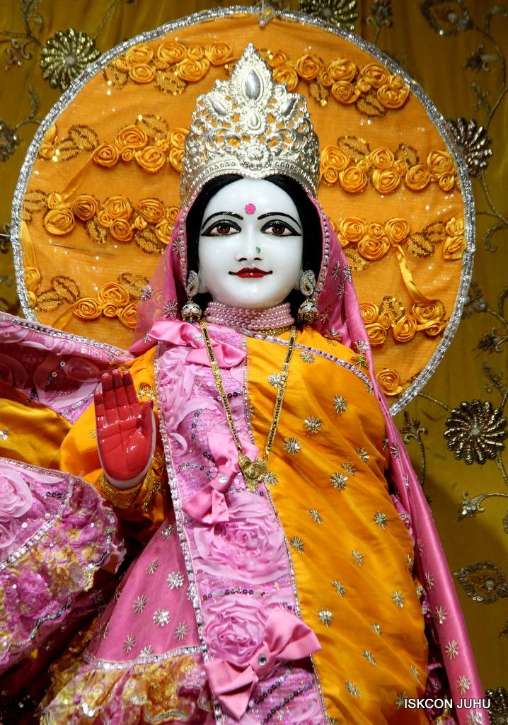 ISKCON Juhu Mangal Deity Darshan on 30th Dec 2016 (5)