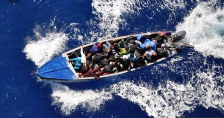 Detiene lancha con 76 migrantes haitianos