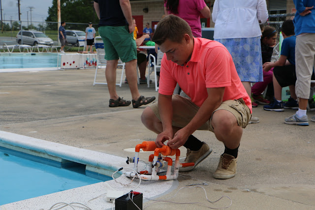 SeaPerch Competition Day 2015 - 20150530%2B07-00-33%2BC70D-IMG_4610.JPG