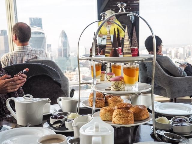 lifestyle-fashion-food-blog-farfetch--afternoon-tea-aqua-shard