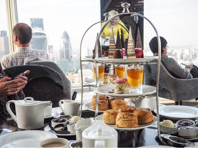 lifestyle-fashion-food-blog-farfetch--afternoon-tea-aqua-shard