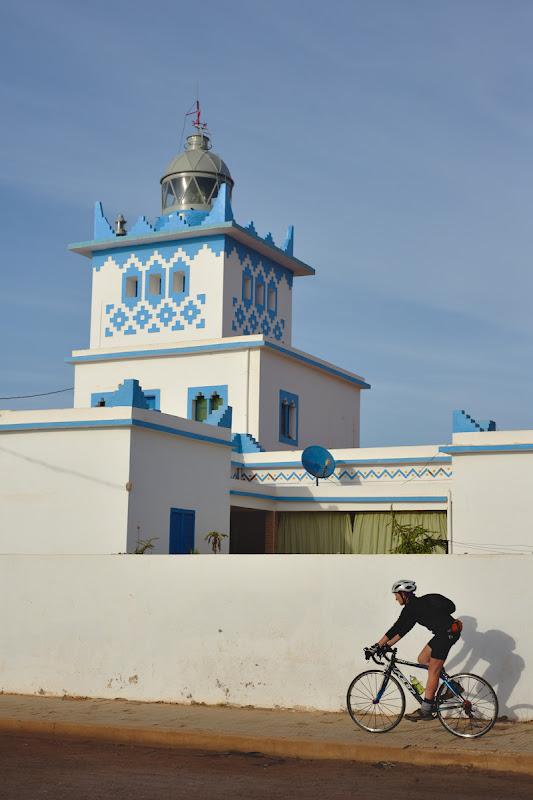 Pe langa farul din Sidi Ifni.