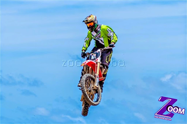Moto Cross Grapefield by Klaber - Image_2.jpg
