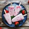 Begini Cara Gampang Membuat Strawberry popsicle