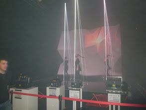 Photo: Laserovou show oživily modelky