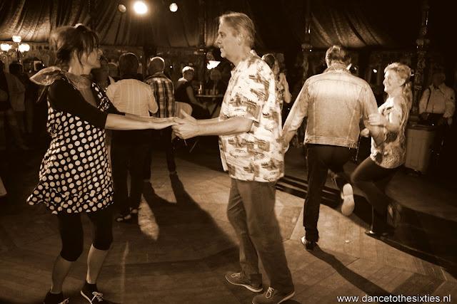 Naaldwijkse Feestweek Rock and Roll Spiegeltent (17).JPG