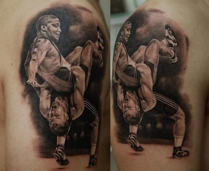 luta_de_braço_de_tatuagem