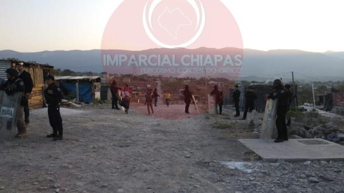 Desaloja PEP a invasores en Chiapa de Corzo.