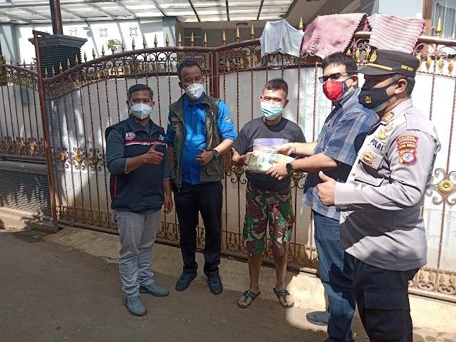 Dimasa Pandemi, Tim Jabar Bergerak Beserta Relawan dan Bimas Polres Purwakarta Ringankan Beban Masyarakat