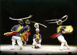 Samulnori dance