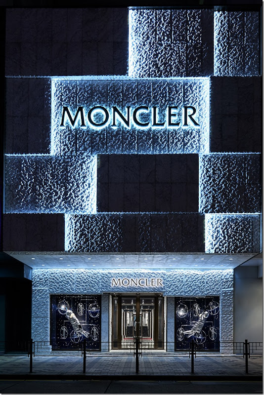 MONCLER FLAGSHIP STORE HONG KONG HARBOUR CITY (6)