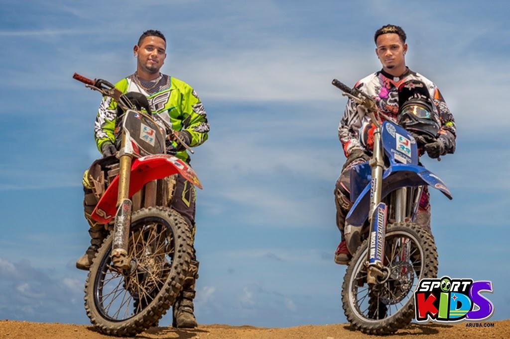 extreme motorcross Aruba - moto%2Bcross%2BGrape%2Bfiled%2BApril%2B2015-85.jpg
