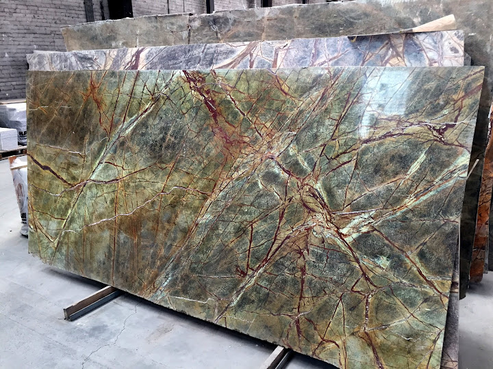 Tischplatte arbeitsplatte naturstein marmor granit gr n for Couchtische granit marmor
