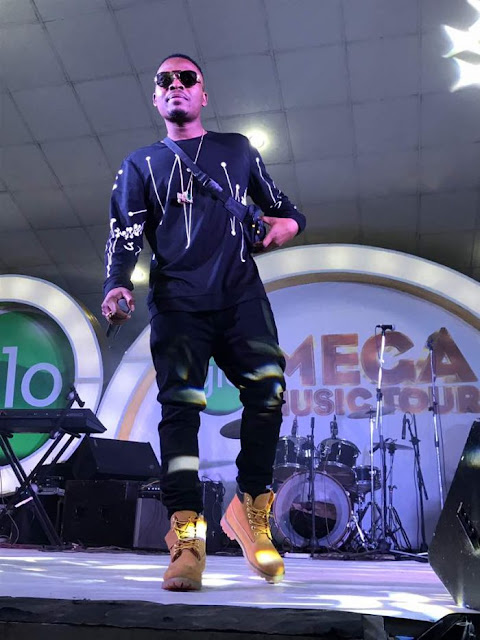 Fans Go Wild As Olamide, Flavour And Phyno Performed Together At Glo Mega Music Tour Suleja (Photos)