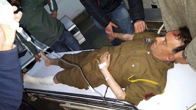 Cop investigating burglary attempt shot at in Pulwama