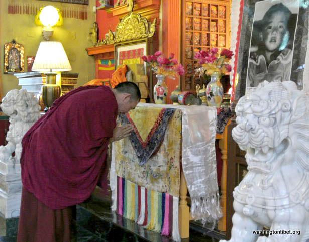 Lhakar/Tibets Missing Panchen Lama Birthday (4/25/12) - 10-cc%2B0111%2BA72.JPG