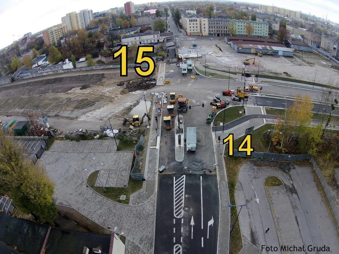 Widok na ulicę Wierzbową. Z prawej ul. Nowowęglowa, po lewej jeszcze nie zbudowany jej fragment w kierunku Kopcińskiego.