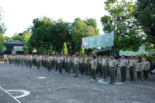 Personel Makorem 141/Tp Bersama Pengurus Persit KCK Tingkatkan  Keakraban