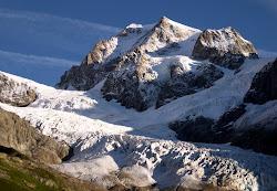 Glacier du Petit Mont-Blanc à droite & Glacier de la Lex Blanche
