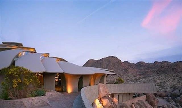 شاهد بالصور أغرب و أجمل منزل في صحراء كاليفورنيا