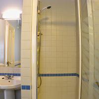Room B-bathroom