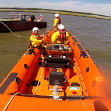 Poole ILB assists classic cruiser - 2 August 2015