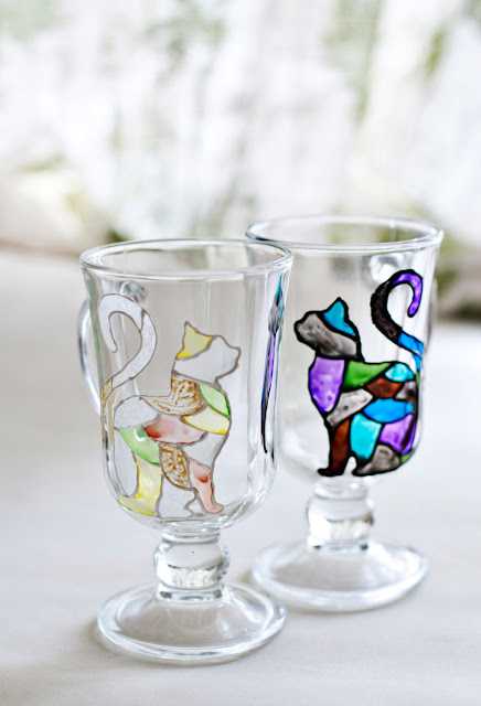Black and White Mosaic Cat Glass Set by zmyessHandmade