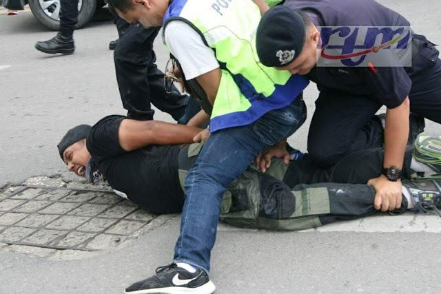 Bogel dalam pesawat, lelaki Bangladesh ditahan