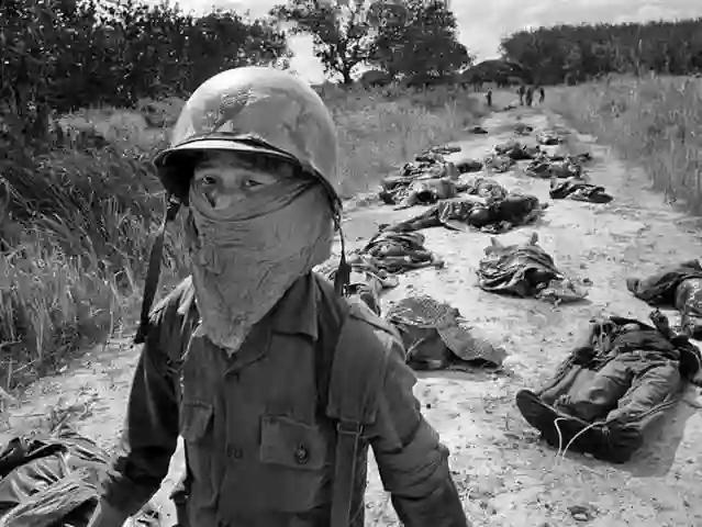My lai massacre photo