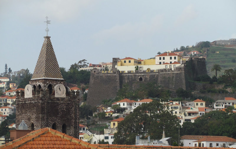 the cathedral and Pico fortress