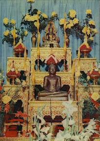 Altar doado por Sua Majestade o Rei Bhumipol  Adulyadej da Tailândia
