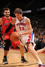 Photo: Jonas Jerebko with the drive