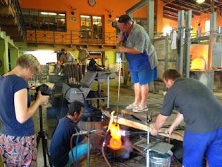 Fabricación del vidrio en Utopia & Utility